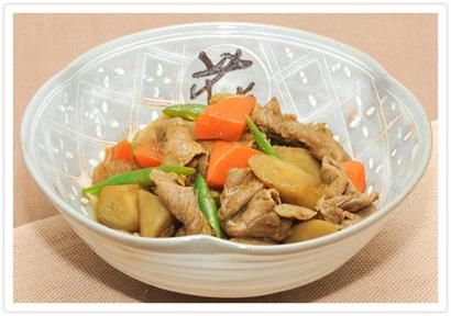 牛肉とごぼうのカレー煮込み