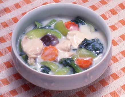 青梗菜と鶏肉のクリーム煮