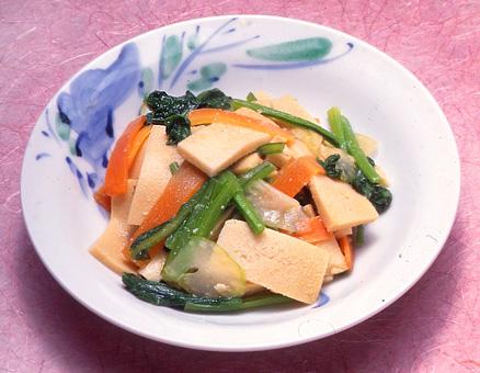 凍り豆腐と小松菜のみそ炒め