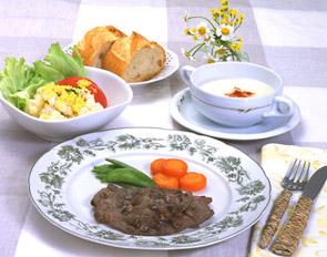 牛肉のソテー リヨン風