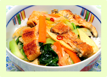 うなぎと野菜のあんかけご飯
