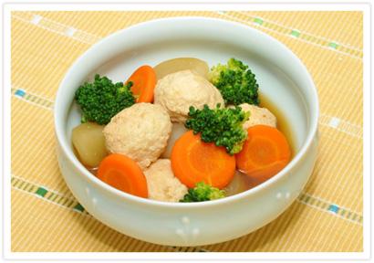 豆腐入り肉団子と野菜の煮物