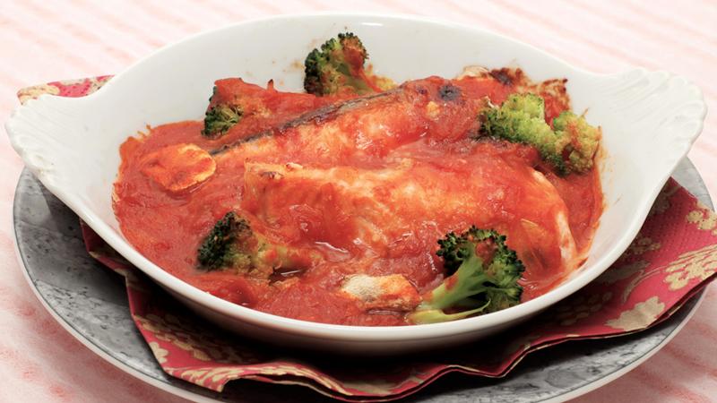 生鮭のトマトグラタン