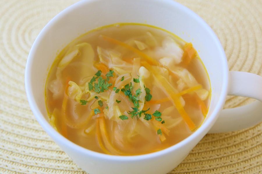 酢キャベツ・玉ねぎ・にんじんのスープ