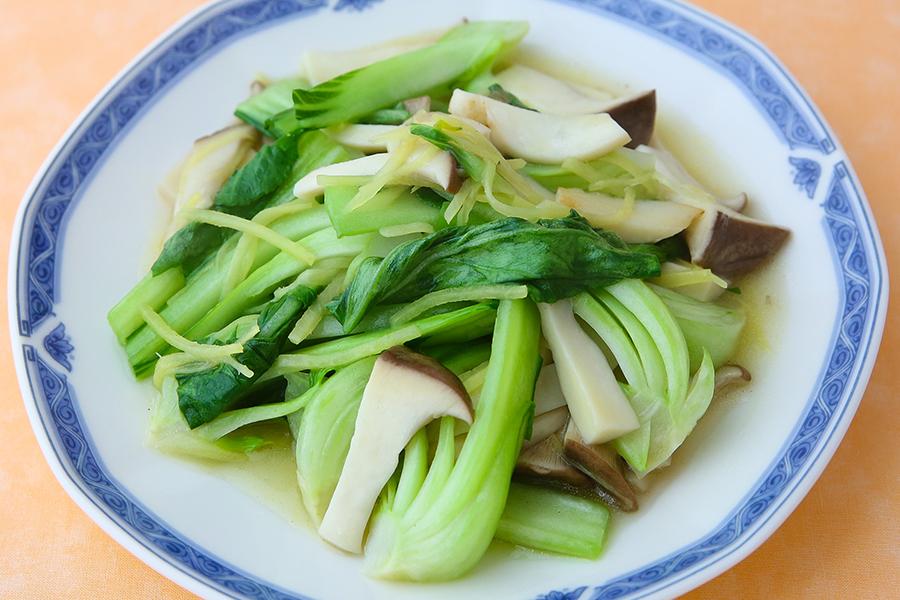 青菜とエリンギのしょうが炒め